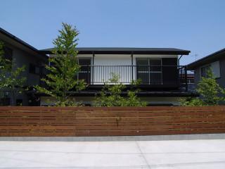 stri-ep house 下山口
